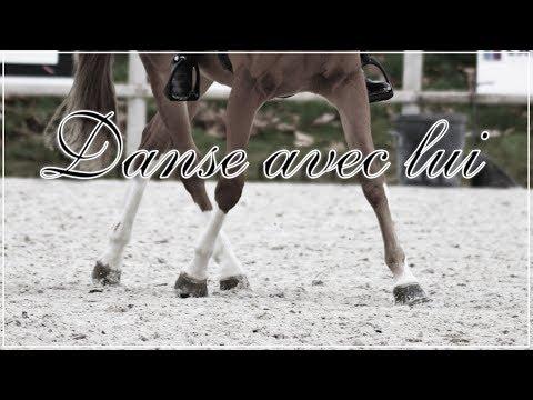 Danse avec lui.