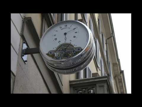 Window Shopping for Wrist Watches in Milano Italy - Milan Italy