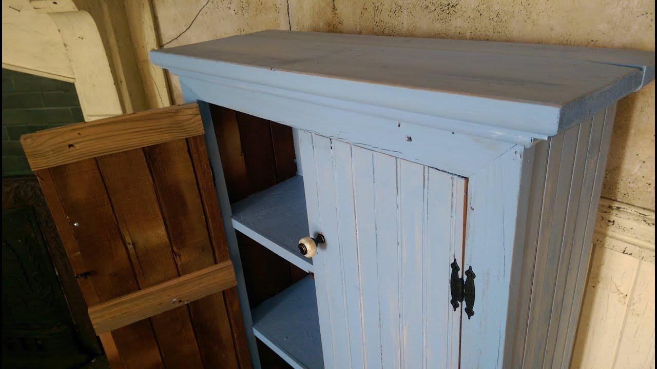 Muebles Con Materiales Reciclados Great Este Bonito Aparador Que  # Muebles Remodelados