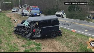 Fatal accident closes Forsyth County road