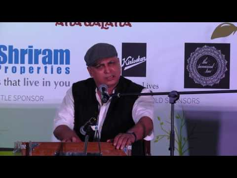 Piyush Mishra performs at Bengaluru Poetry Festival
