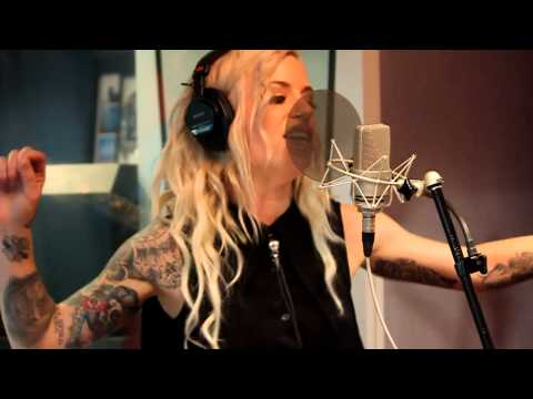 "Gin Wigmore ""Sweet Hell"" Nova acoustic"