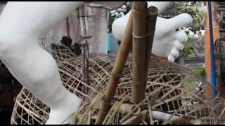 Download Video Beberapa moment pembuatan ogoh-ogoh  waruna muhurtham . MP3 3GP MP4