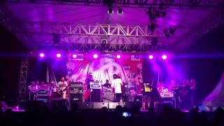 A THOUSAND PUNCHES - Intro + Aderyn At Jakcloth 2013
