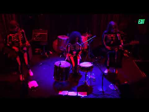 Long Hots - (Johnny Brenda's) Philadelphia,Pa 10.31.17 (Complete Show) Mp3