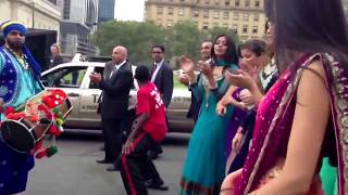 marriage dance | Black guy starts dancing at indian marriage | Dance
