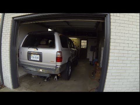 3rd Gen Toyota 4Runner Project Build: Rear Axle Seal Part 1