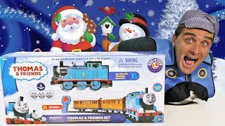 Thomas & Friends Christmas Tree Train ! || Toy Review || Konas2002