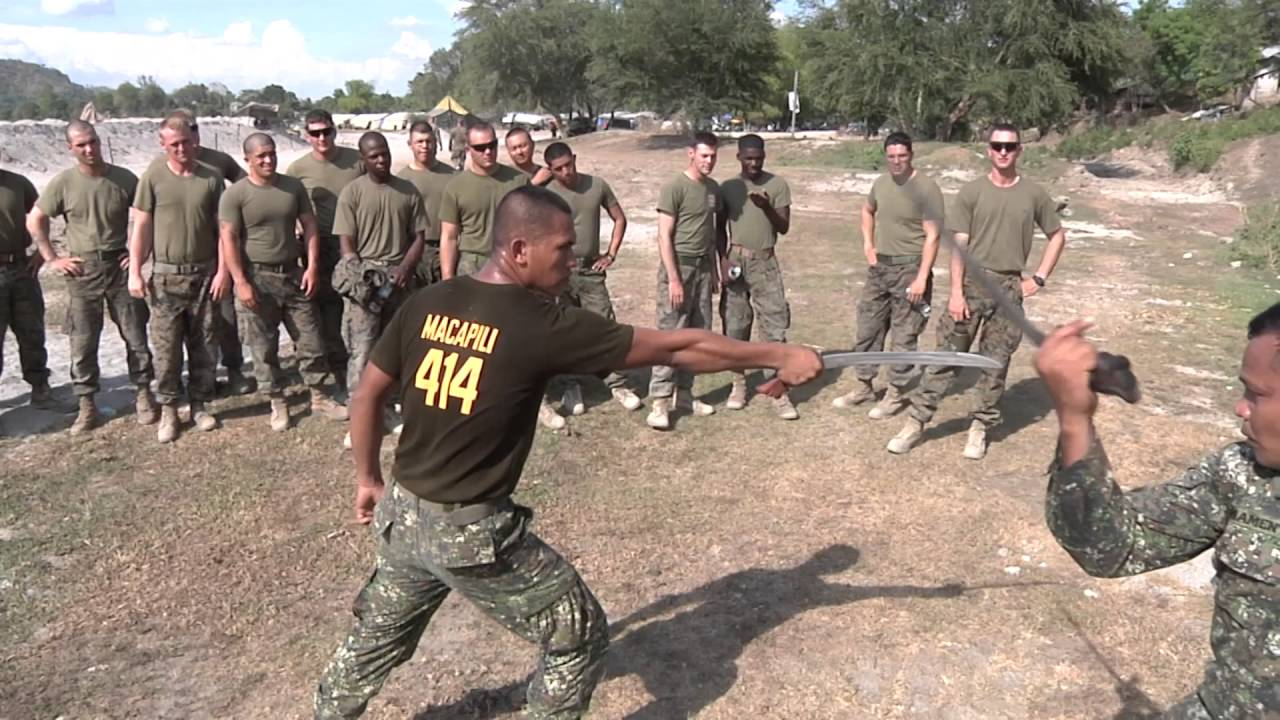 Marines Do Crazy Knife And Sword Training Musat Youtube