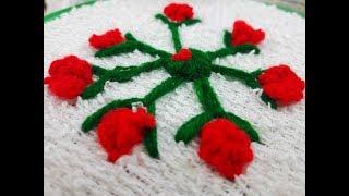 Je suis de créer une fleur rose pour une serviette