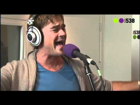 Radio 538: Jeroen van der Boom - Schreeuw in de Woestijn (Live bij Evers Staat Op)