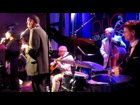 Everybody's Laughing (Billie Holiday cover) mp3