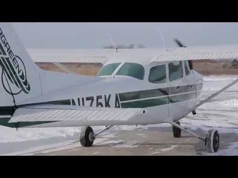 Політ на літаку Cessna 172 над Києвом