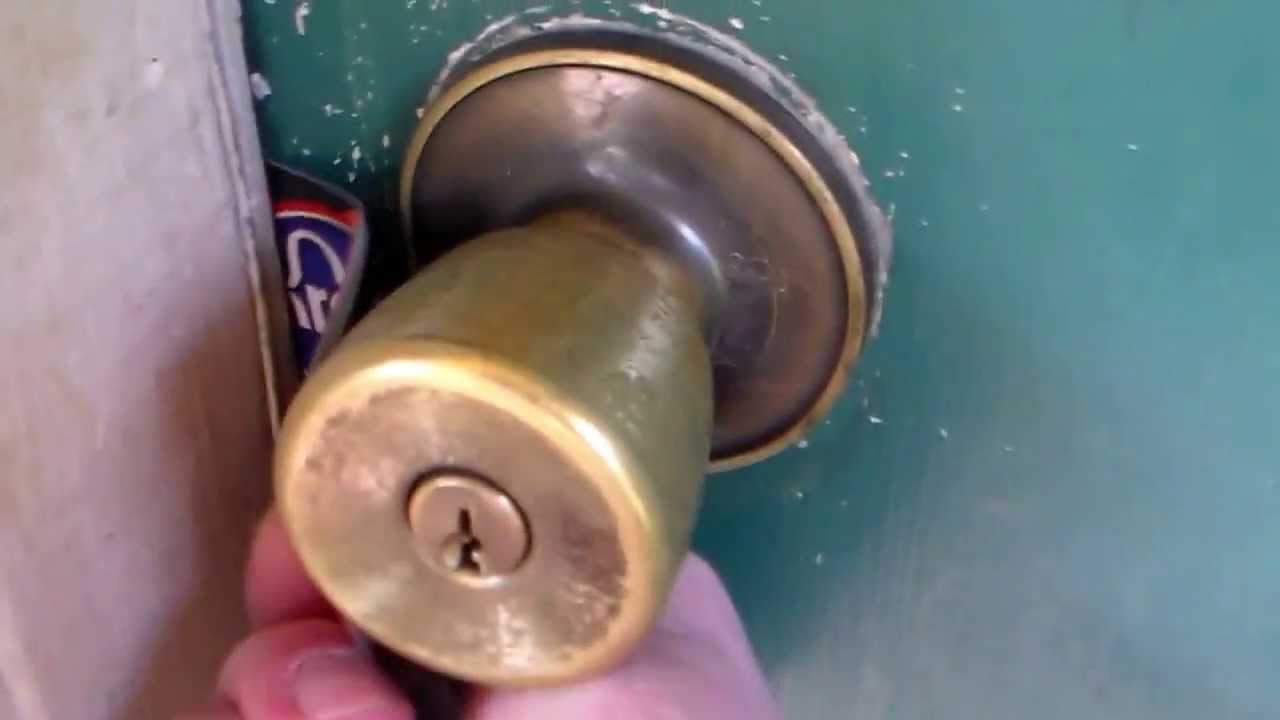 How To Unlock A Door With Credit Card Or Dl You