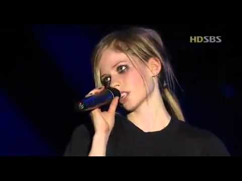 Avril Lavigne Unwanted Live In Seoul 2004 10/14