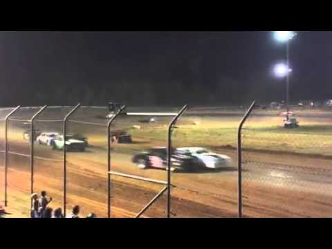 First 3 minutes of the Factory Stock B Main at Ark-La-Tex Speedway
