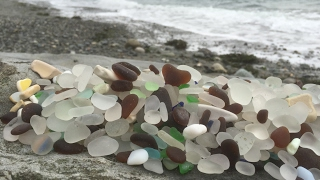 Glass Beach, Port Townsend, WA -Sea Glass Hunting, finding rare colors and marbles