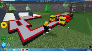 Me and DAVID HANDING OUT ROBLOX PIZZAS!!! :0