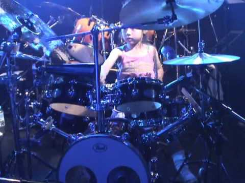 6 years Drummer Girl 1st Live / Spain