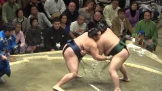 20140113 大相撲初場所2日目 鶴竜 vs 千代大龍.