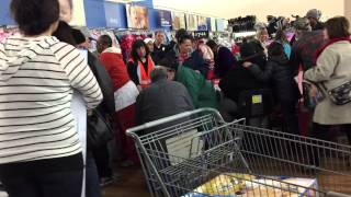 Black Friday Madness aт Walmart