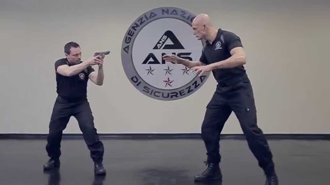 SELF DEFENSE  STS  Professional Close Combat Training for Police and Military