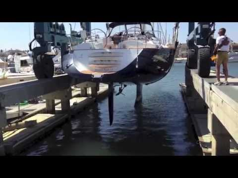 Jeanneau 54ds Deck Salon Haul Out For Survey & Video on Hull Design By: Ian Van Tuyl