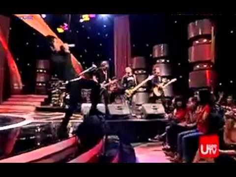 Setia Band - Biarkan aku jatuh cinta (ST12)