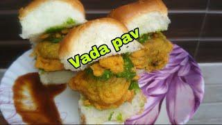 घर पर बनाये मुम्बई स्टाइल वडा़ पाव | Vada pav recipe | Batata vada recipe | by Aparna's kitchen.