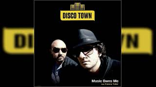 Gambar cover Disco Town feat. Emory Toler _ Music Owns Me