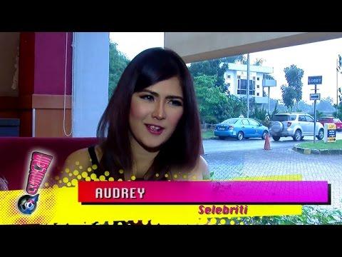 Sisi Seksi Audrey - Cumicam 18 Maret 2015