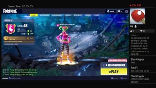 FORTNITE SOLO SHOWDOWN! Getting The New Spray!