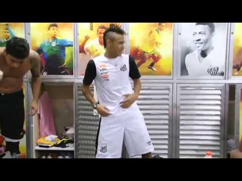 Neymar dance in Santos dressing room!