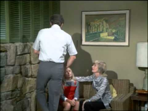 The Brady Bunch - Marcia, Marcia, Marcia