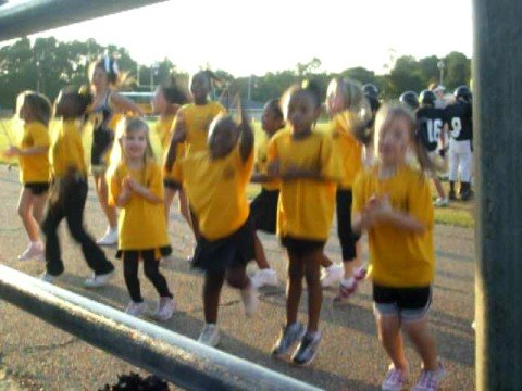 MY NIECE MARIAH CHEERLEADING WITH SIMPSON CENTRAL SCHOOL MENDENHALL,MS