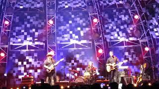 Chris Stapleton TRAVELLER live San Antonio,TX 10/20/17.