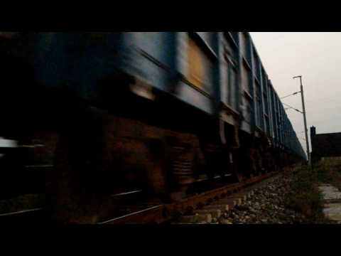 Ammanat bridge Close Train Seen  by KUTKIBAAZ Doctor daltonganj palamu, jharkhand