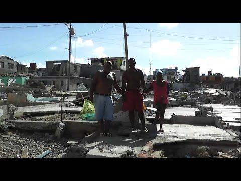 Pescador de Baracoa luego del Huracán Matthew en Cuba