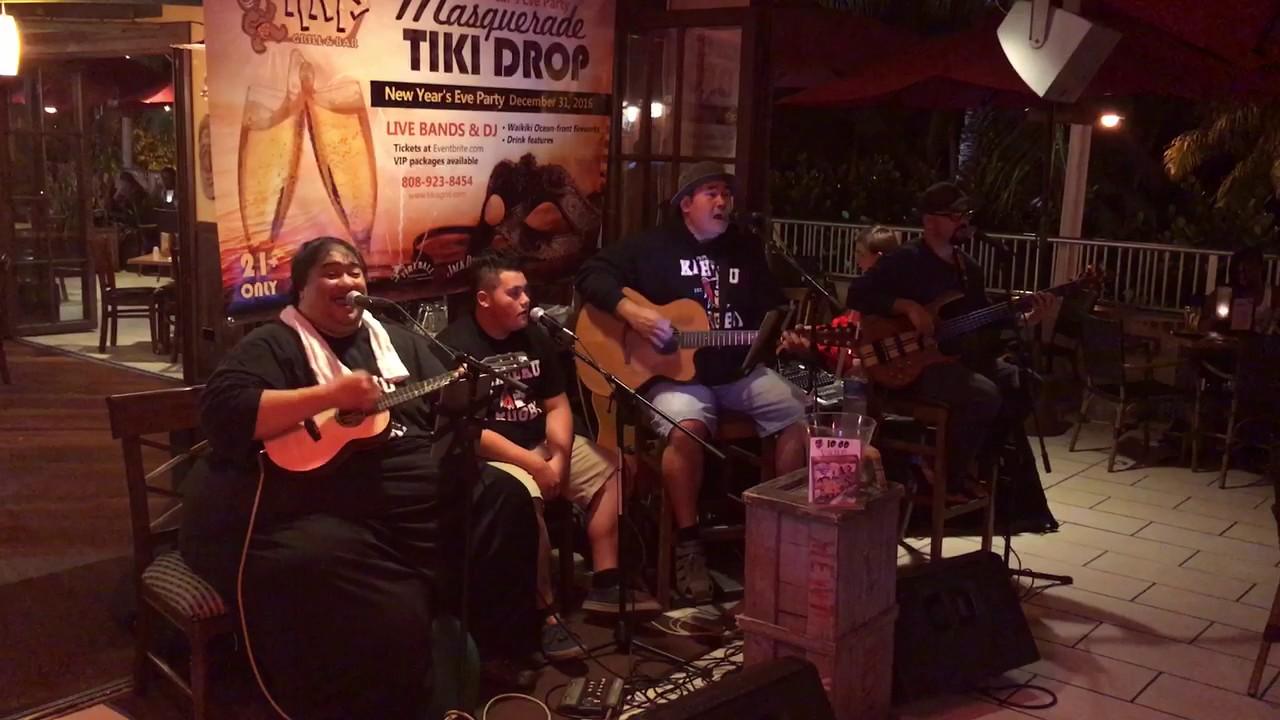 Hawaiian Christmas Music by VAIHI live at Tiki's Grill & Bar -Mele ...