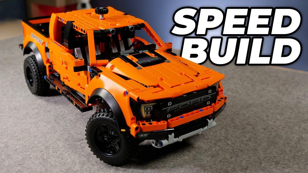 LEGO F-150 Raptor Set Builds Itself! Stop Motion Speed Building 42126