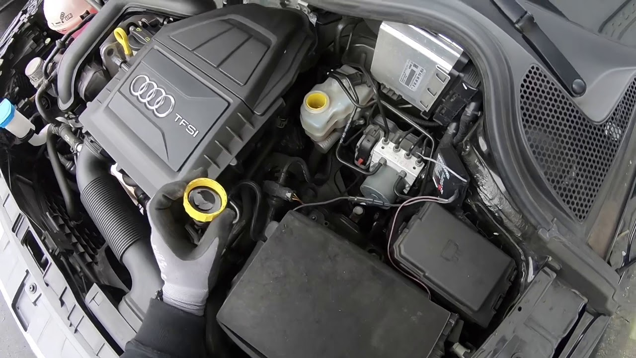 Engine Compartment Layout Main Components For Checking And Refilling Your Audi A1 S1 Sportback Diy Youtube