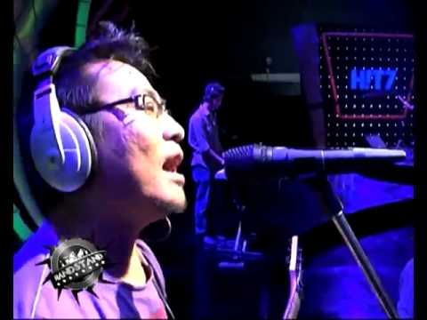 Bandstand - Incipit ( Separate Ways )