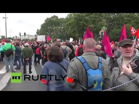 LIVE: Trade unions to protest against labour reforms in Paris