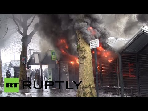 Video: Smoke & fire as protest against new airport turns violent in France
