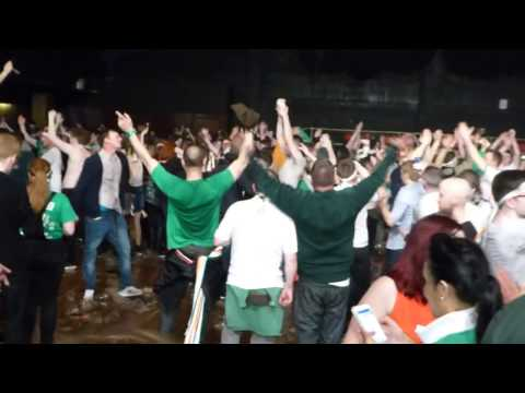 "A post concert ""Oh Scotty Sinclair !"" by the fans @ the Barrowlands"