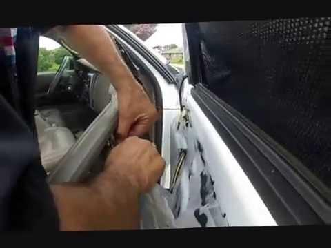 Durango window regulator repair doovi for 2002 dodge durango window regulator replacement
