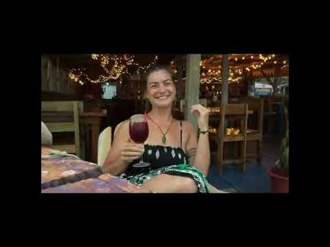 Where to have a vegan or vegetarian dinner in Bocas del Toro, Panama? (CC for subtitles!)