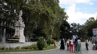 アキーラさん散策①スペイン・マドリッド・プラド美術館近く・レコレートス通り!Recoletos-street,Madrid,Spain