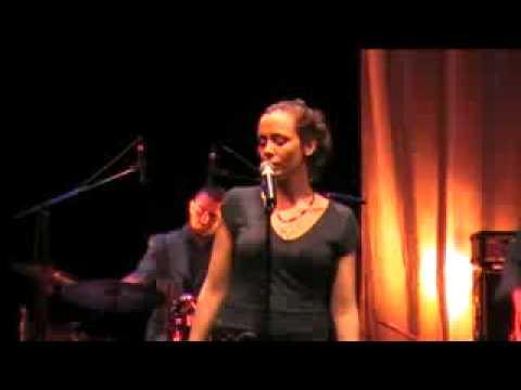 "Soraya Ksontini - ""melan"" live @ l'octogone"