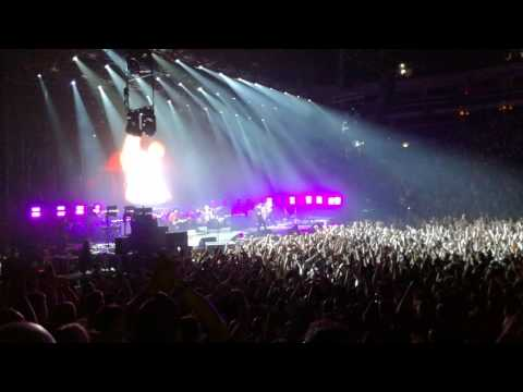 System of a Down - Radio/Video (12/06 at O2 Arena, Prague, Czech Republic)